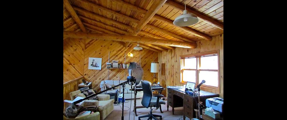 ISLAND Hill House Artist Residency Program's Studio