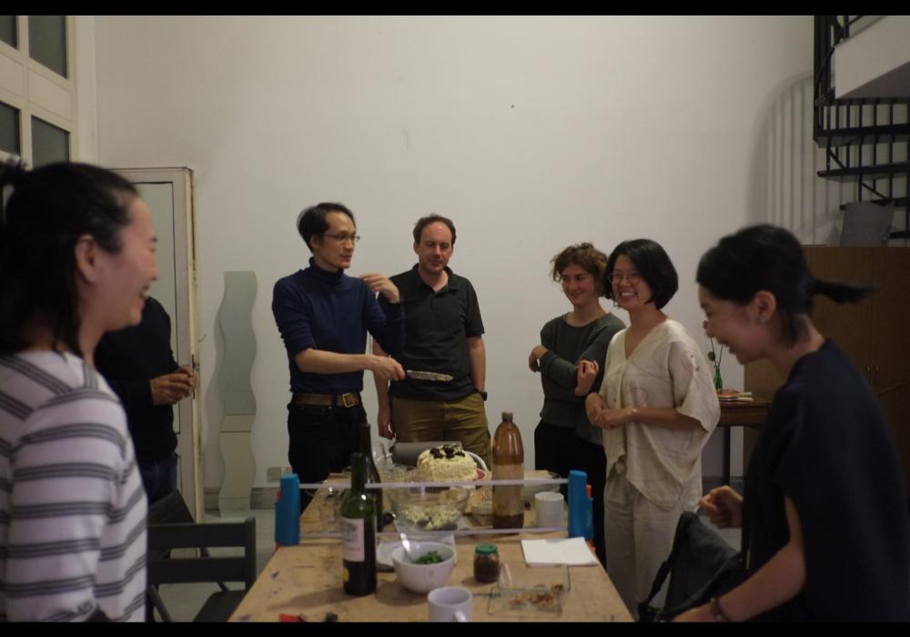 在西帖工作室內舉辦開放聚會,2018年12月20日。
